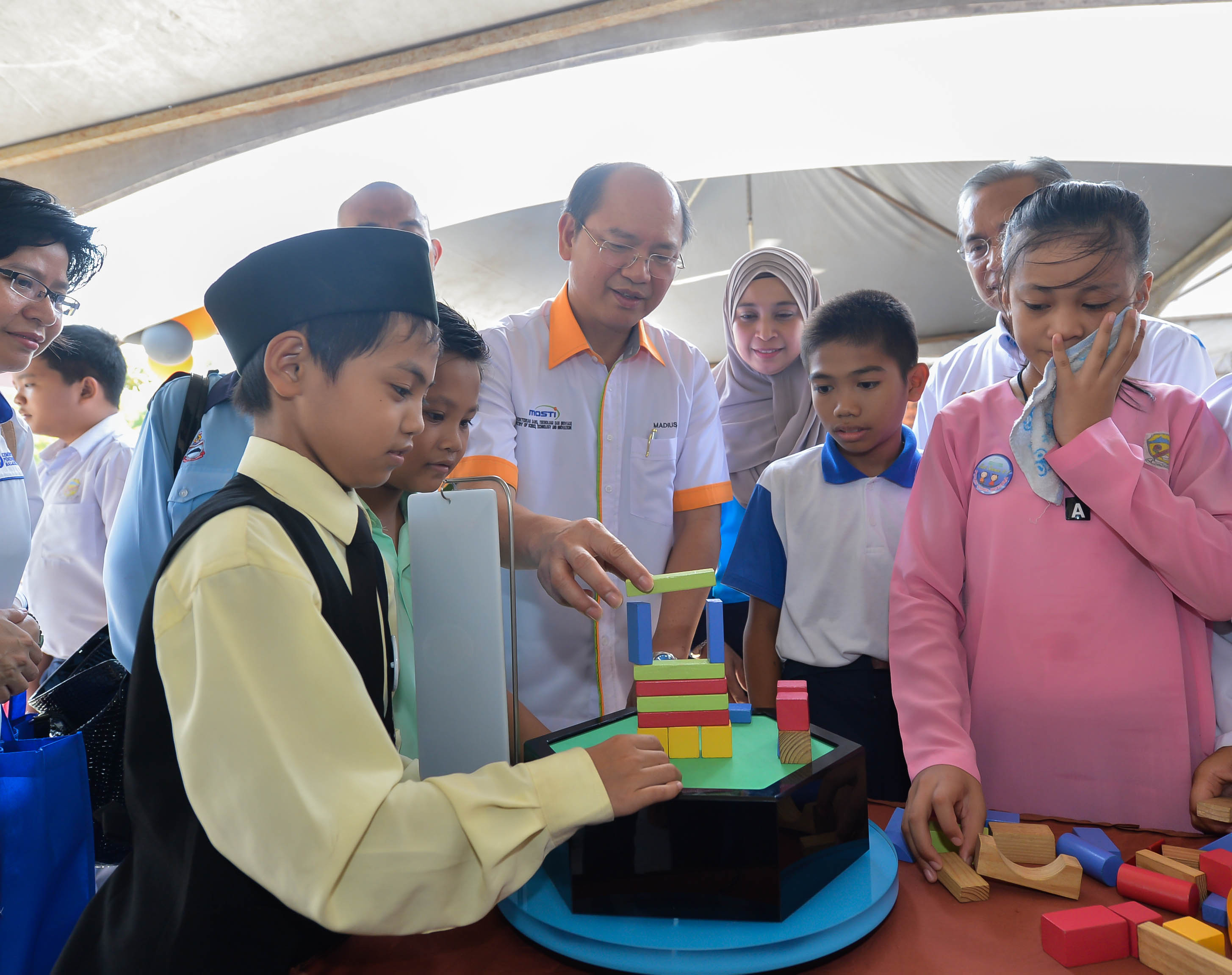 pendidikan-stem-di-malaysia