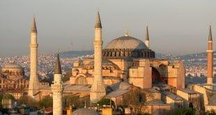 ISTANBUL, TURKEY - 2009/04/30: Haghia Sophia (Aya Sofya), The Church of Holy Wisdom, Sultanahmet, Istanbul, Turkey Haghia Sophia (Aya Sofya), The Church of Holy Wisdom in Sultanahmet.. (Photo by Jeremy Horner/LightRocket via Getty Images)